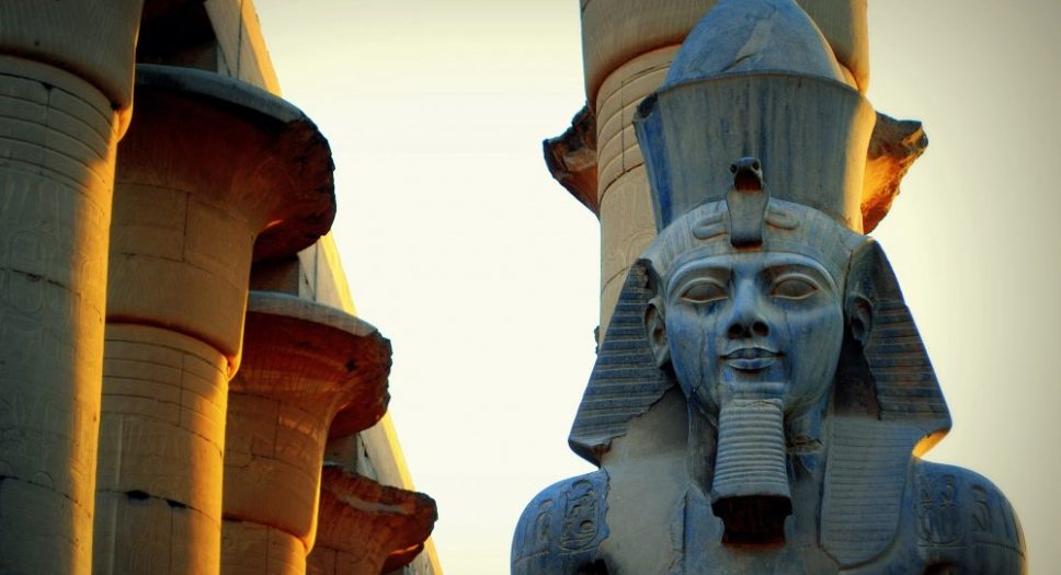 Ramses II i Luxortemplet. Foto: Mohammed Moussa cc-by-sa 4.0.